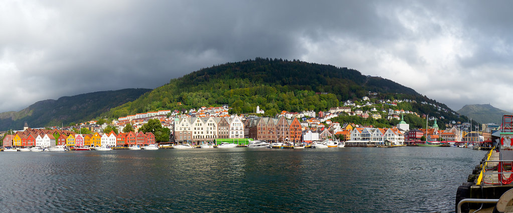 Bergen-Harbour-Group-0-ASM0513-ASM0516-4-images-Edit.jpg