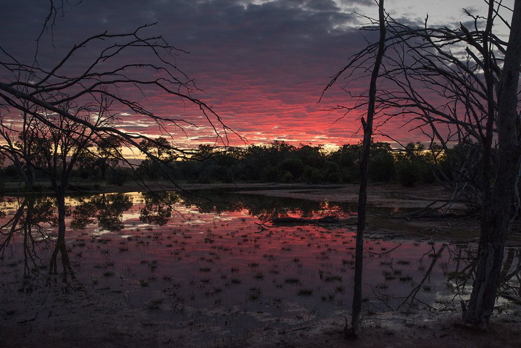 AM11672-Editcr1080-Bowra-lagoon.jpg