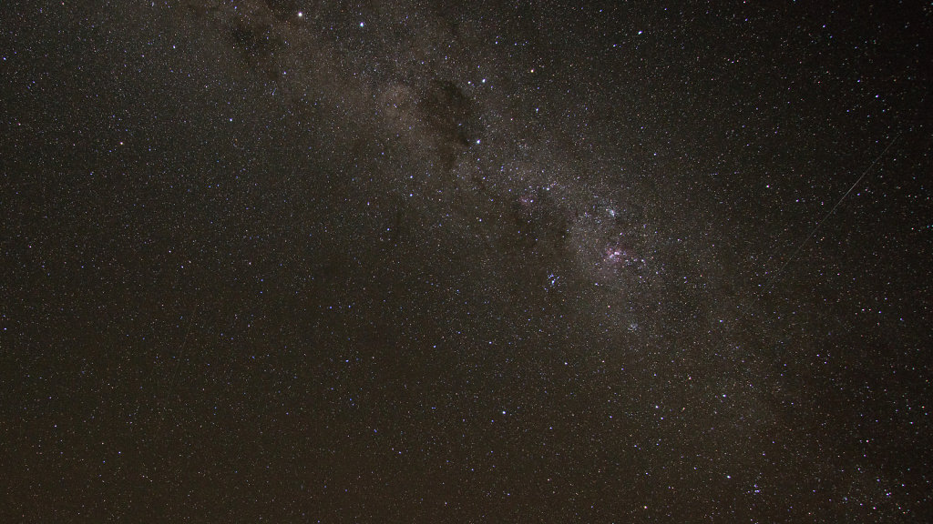 AM11661cr2000-Night-Sky-Bowra.jpg